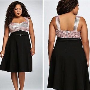 NWT - Torrid size 24 rockabilly pinup swing dress